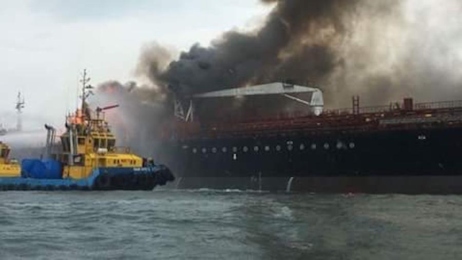 buque-burgos-humo