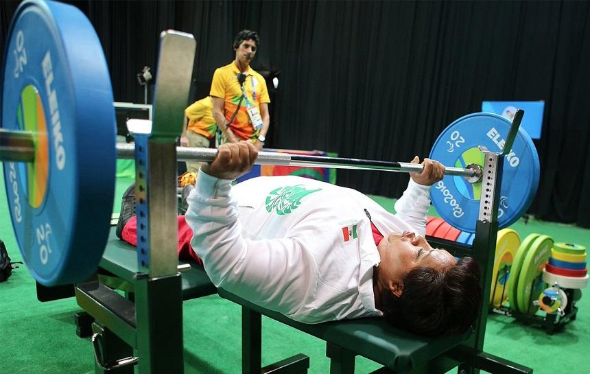 Catalina Díaz en el powerlifting