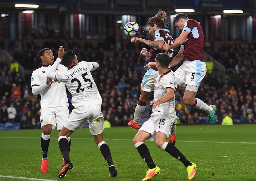 El Burnley logró el primer tanto del partido