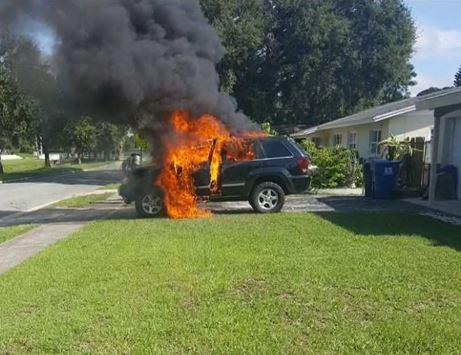 jeep-incendiado-galaxy-note
