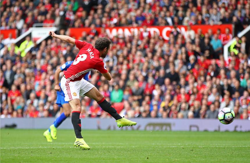 Juan Mata marcó en la victoria de su equipo