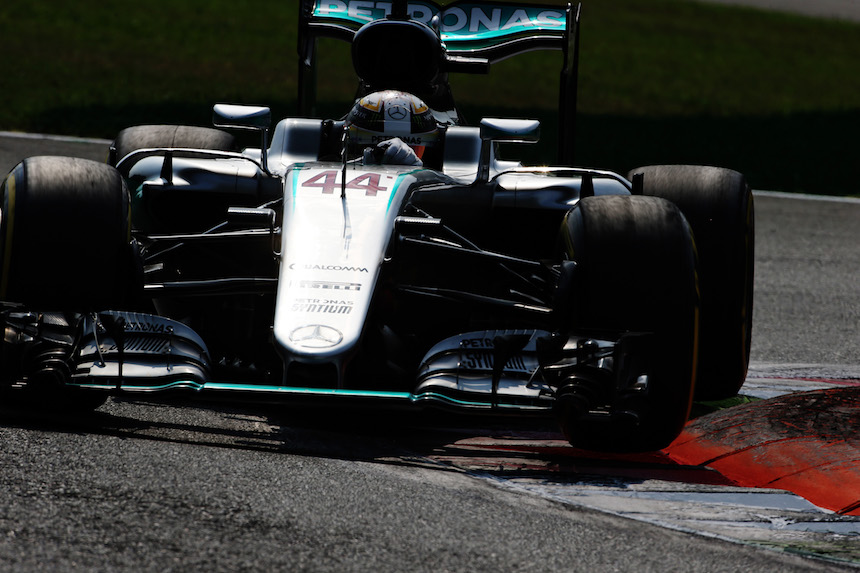Lewis Hamilton finalizó con la Pole Position
