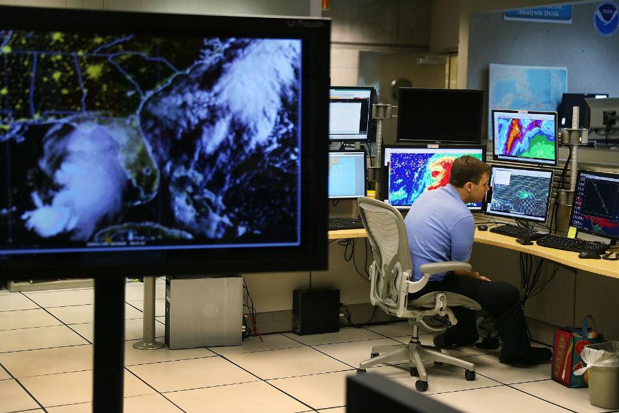 monitoreo-huracanes