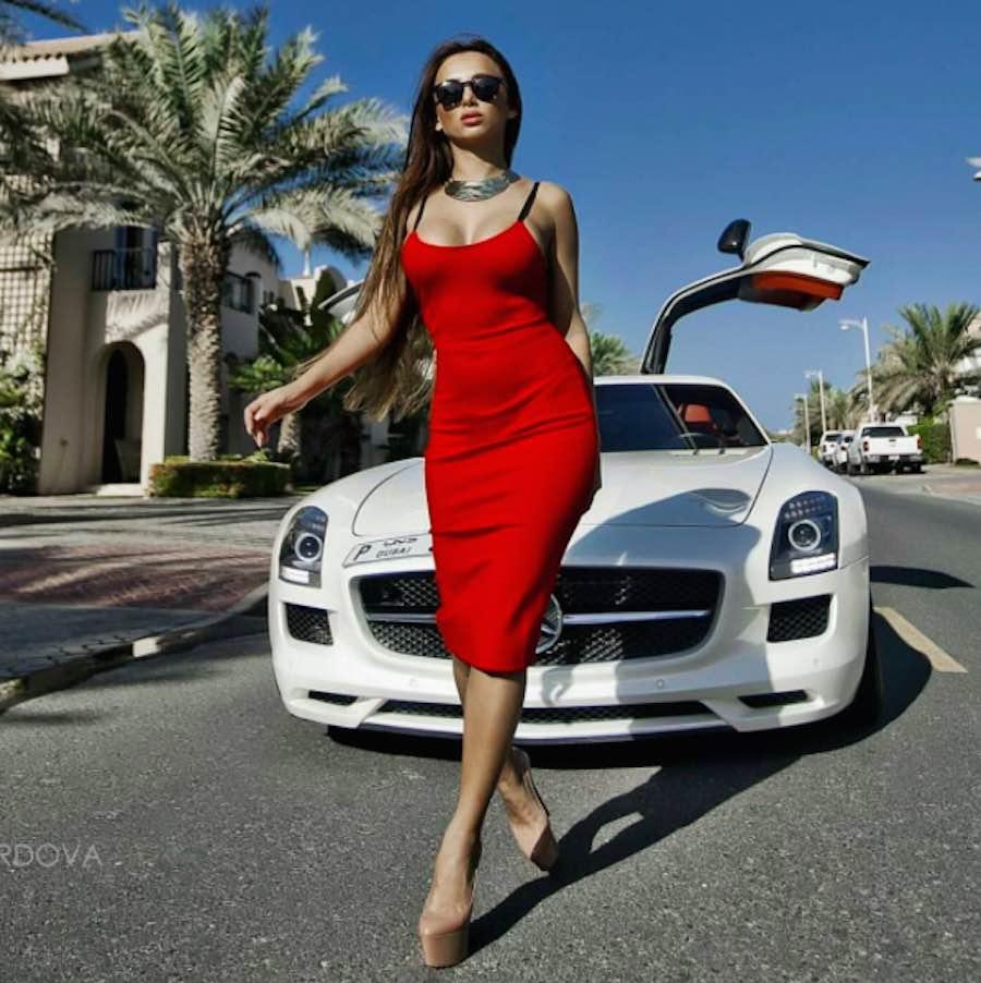 Chica millonaria en Dubai