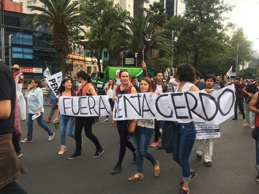 pena-nieto-manifestacion-renuncia-zocalo-reforma