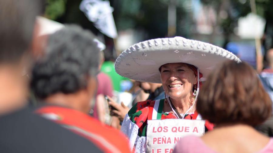 senora-epn-manifestacion-renunciaya-marcha
