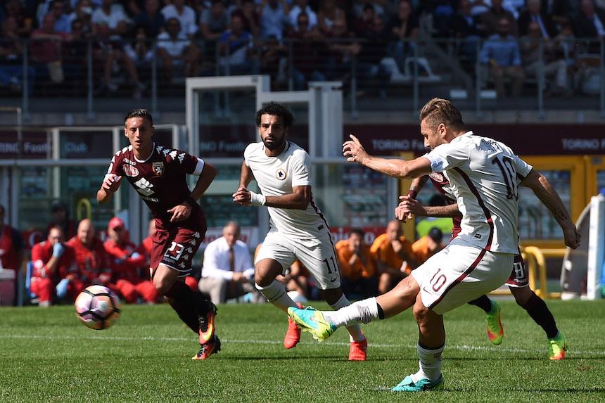 Totti volvió a hacer historia en la Serie A