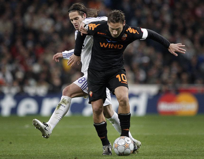 Totti pudo jugar en el Real Madrid, pero el amor lo obligó a quedarse en la Roma