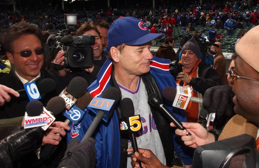 El festejo de Bill Murray tras el regreso de los Cubs a la Serie Mundial