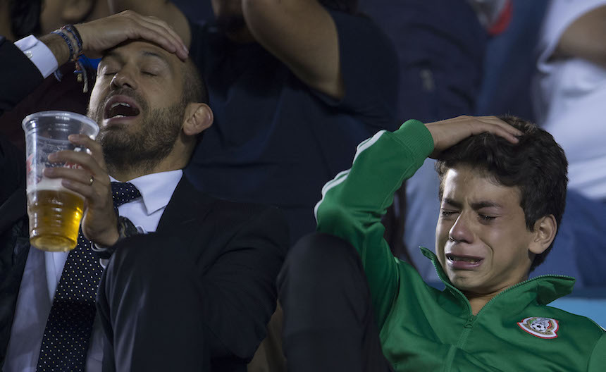 Galería: así sufren los aficionados de Cruz Azul con las 'cruzazuleadas'