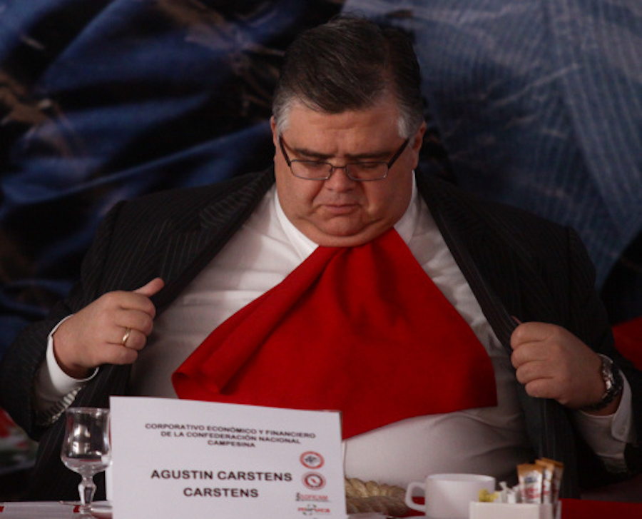 agustin-carstens-comiendo-comida-banco-mexico