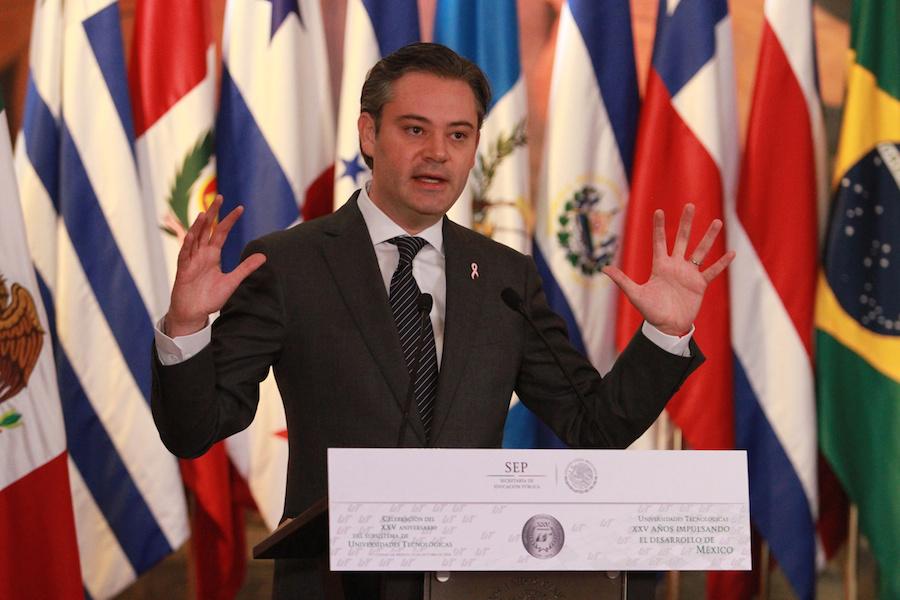 Aurelio Nuño asegura que el gobierno de Peña es víctima de ataques populistas