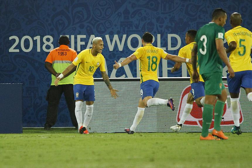 Brasil celebrando su gol ante Bolivia