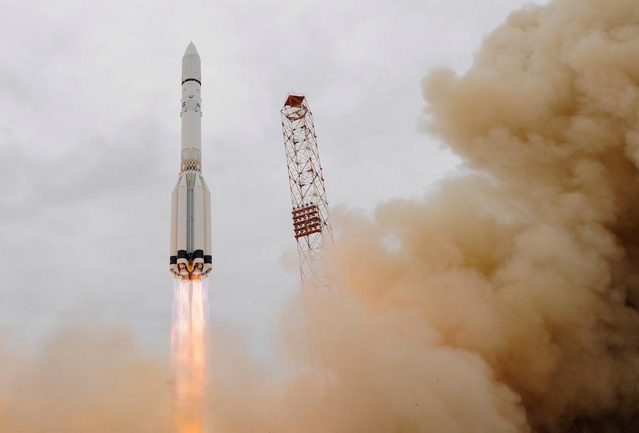 Lanzamiento espacial en 2016