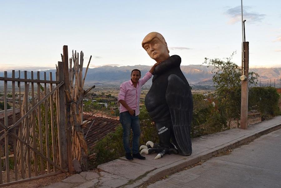 Conozcan al ZopiloTrump, una escultura en contra del candidato republicano Donald Trump