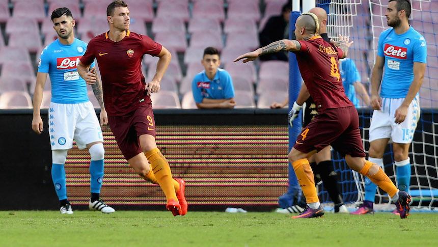 Dzeko marcó dos goles en el triunfo de su equipo