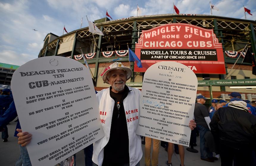 Un aficionado de los Cubs revela los diez mandamientos del equipo