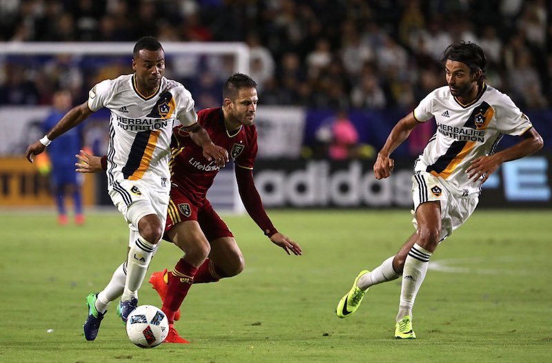 Los Angeles Galaxy avanza a semifinales de su conferencia en la MLS