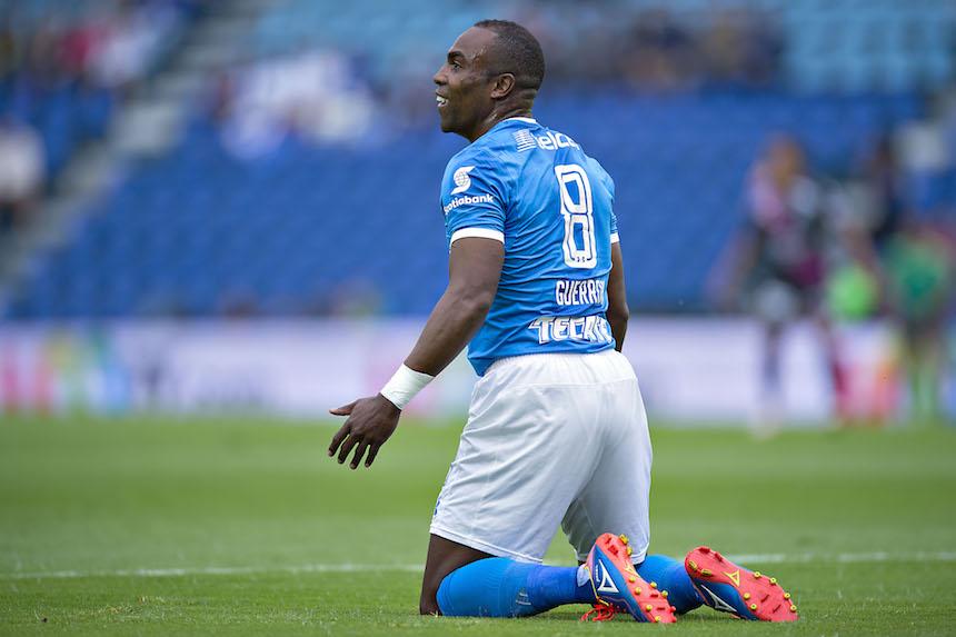 Puebla le ganó de último minuto a Cruz Azul, sí otra 'cruzazuleada'