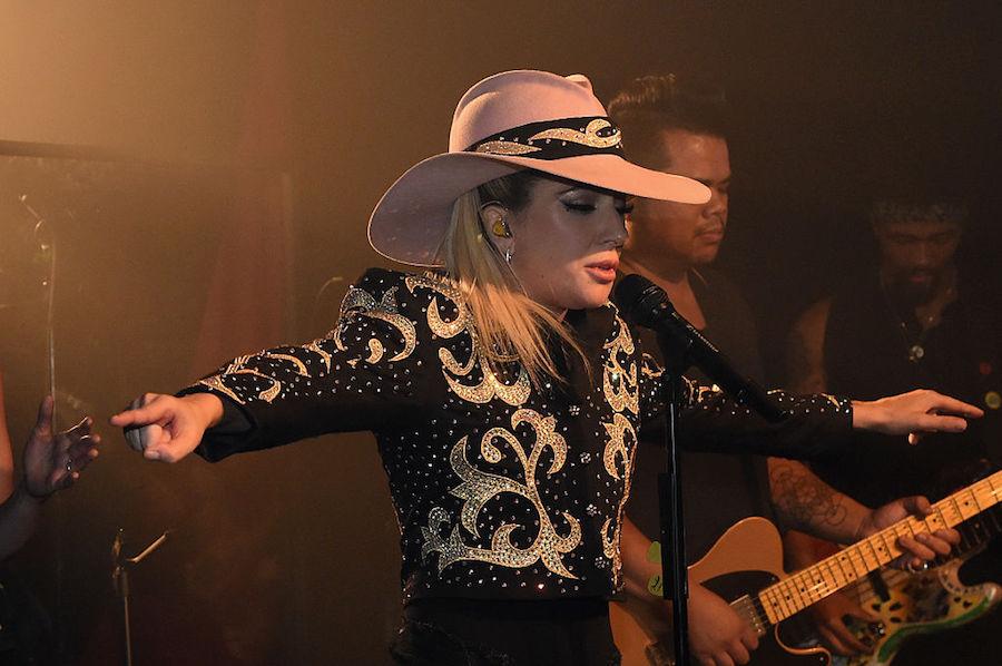"Escuchen ""A-Yo"", la canción que acaba de estrenar Lady Gaga"