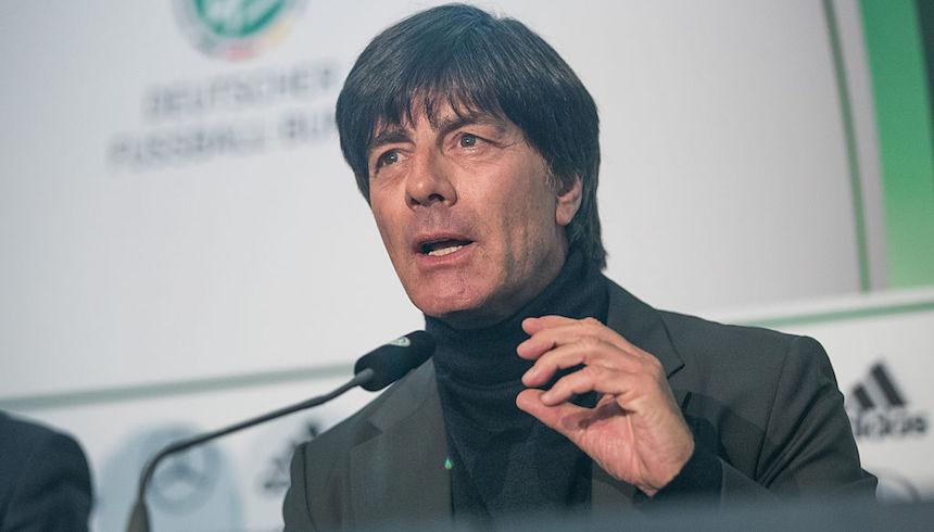 Joachim Low renovó contrato con la selección de Alemania hasta el 2020