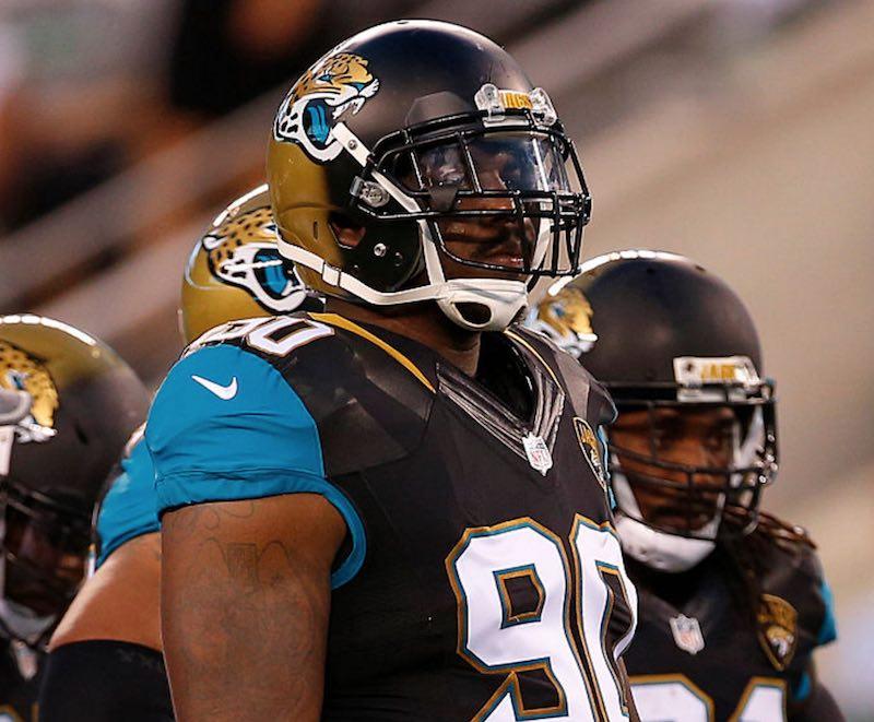 ¡Cae el primero! Malik Jackson es expulsado bajo las nuevas reglas de NFL