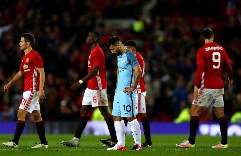 Manchester United consigue el derbi en Copa y pasa a los Cuartos de Final