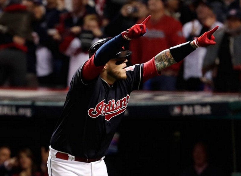 Perez festeja con Indians