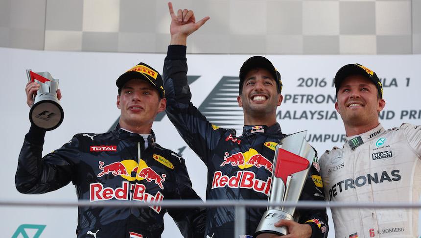 Daniel Ricciardo, Marx Verstappen y Nico Rosberg completaron el Gran Premio de Malasia