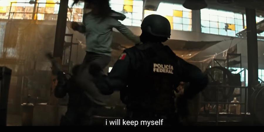 X-23 patea el trasero de la Policía Federal
