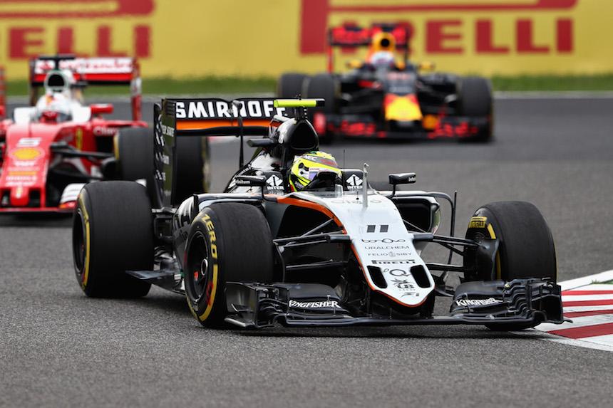 Sergio Perez finalizó en séptimo lugar