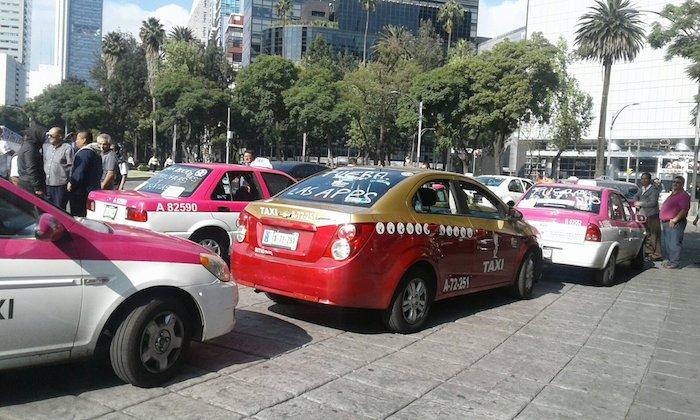 taxistas-marcha-vs-uber-3
