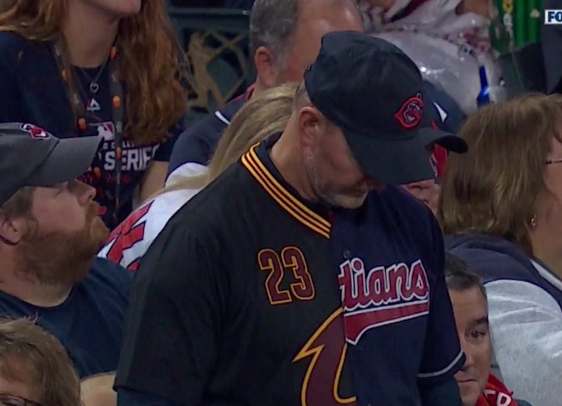 Cleveland Indians Cavaliers fan