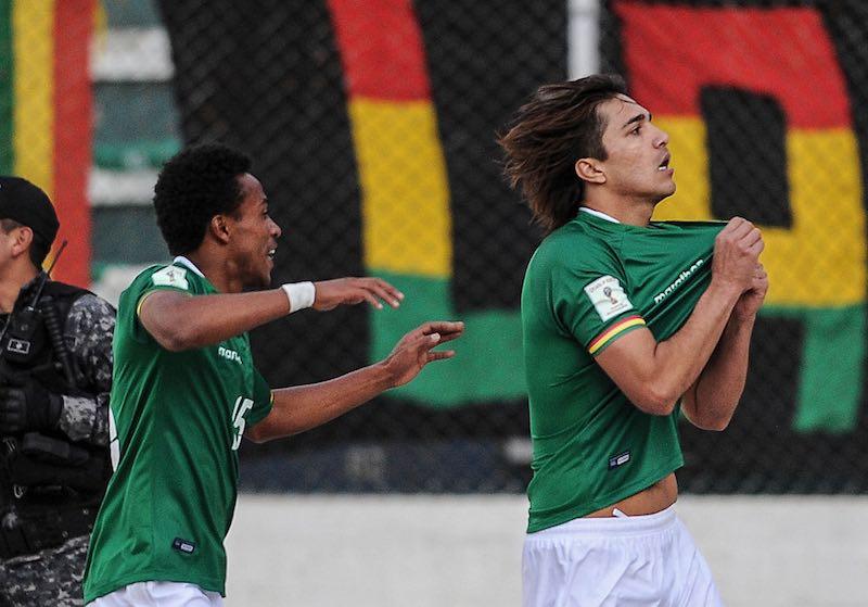 Martins festeja gol