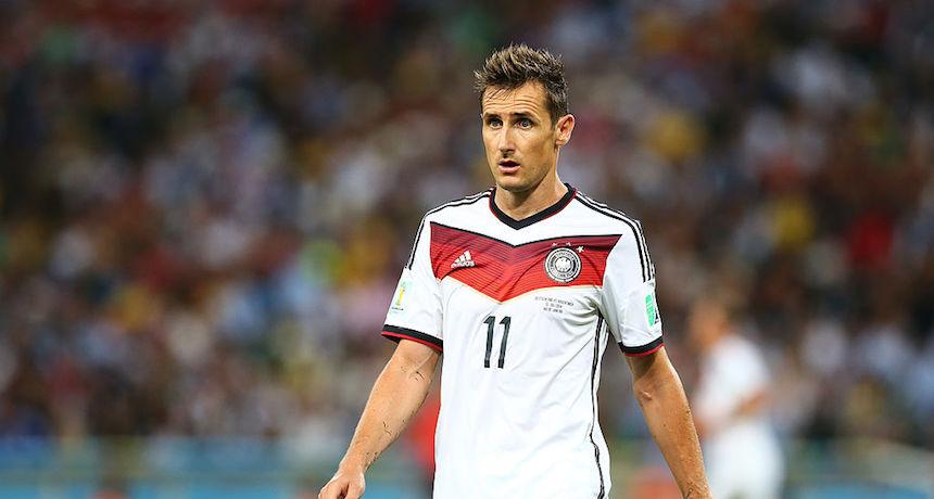 El máximo goleador en la historia de los mundiales, Miroslav Klose, se retira