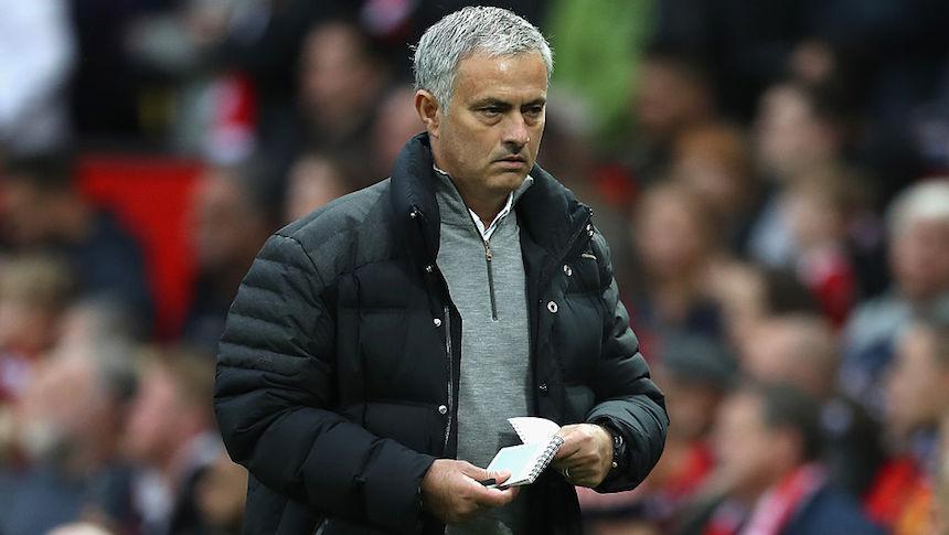 Mourinho es acusado de insultar al árbitro y podría ser sancionado