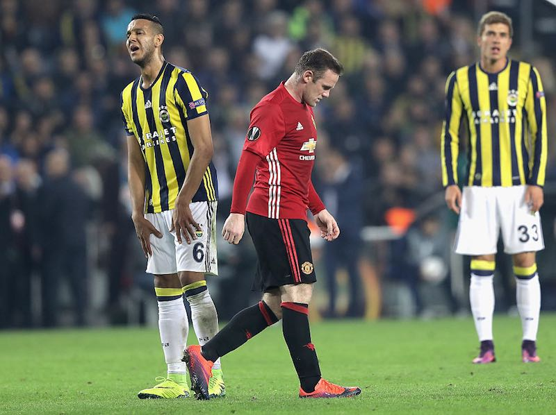 Débil, débil: Manchester United tiene otro descalabro en Europa League