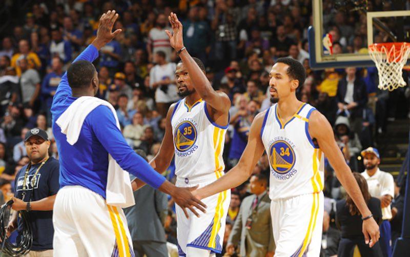 Durant guía la victoria de los Warriors y deja a Thunder sobre la duela