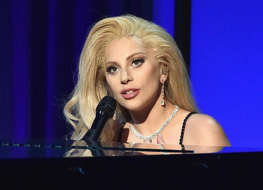 Lady Gaga revela que padece trastorno por estrés postraumático