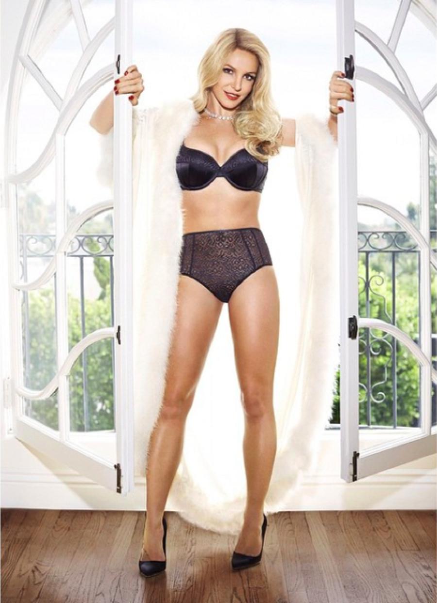 Britney Spears - Lencería negra