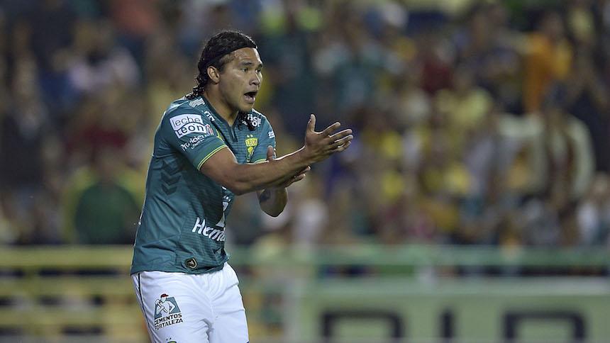 Se acabó la era del 'Gullit' en Chivas, va de regreso a León