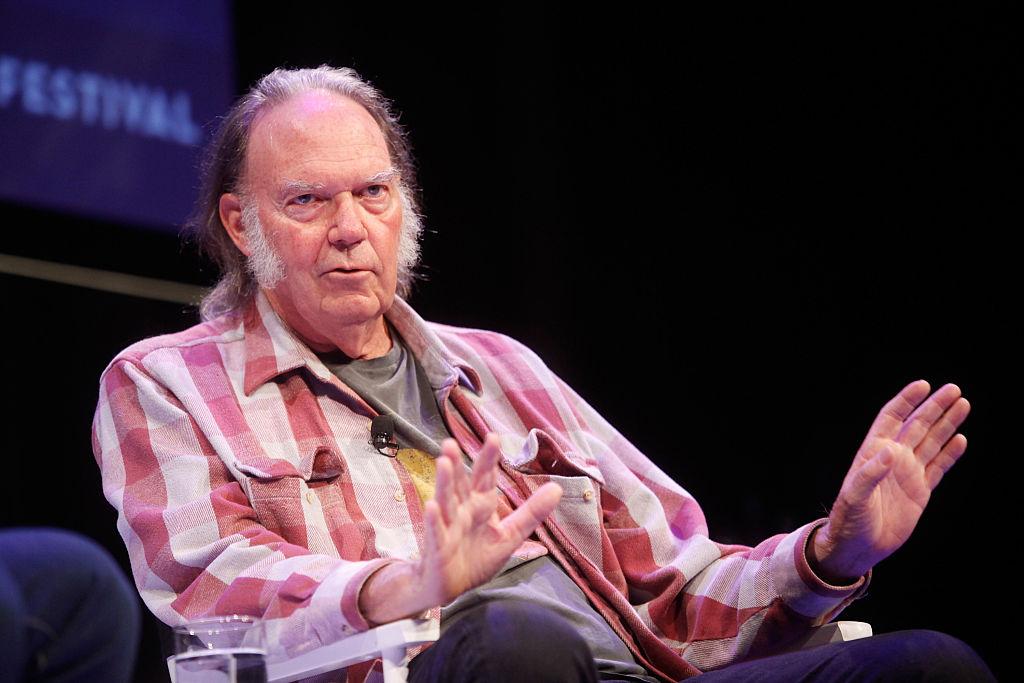 Neil Young envía carta a Obama para detener el oleoducto de Dakota