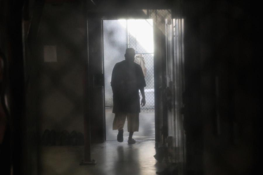 prision-carcel-celda-reclusorio-reja