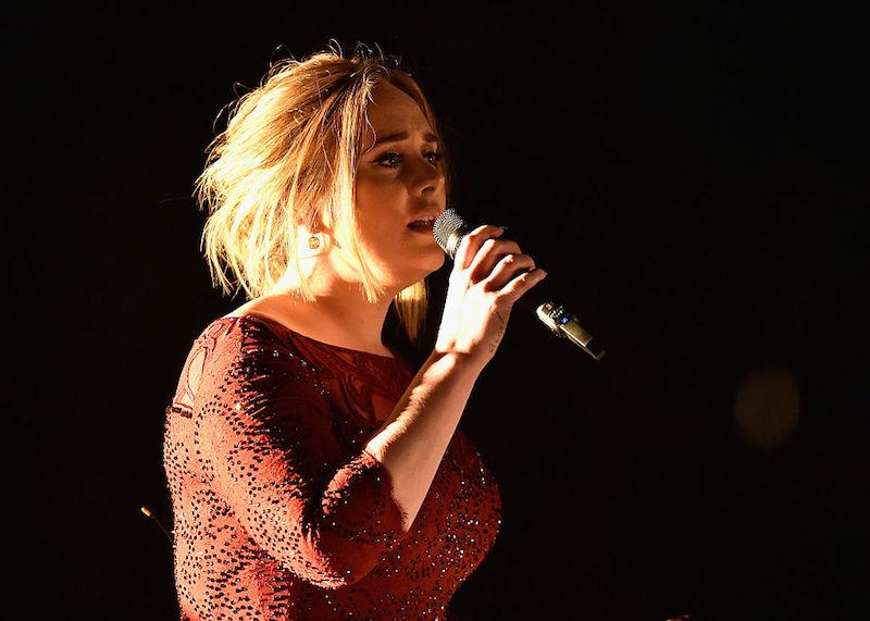 Adele se une a la fiesta de la ceremonia de los Grammy 2017