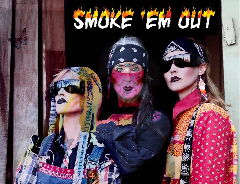 CocoRosie y ANOHNI queman la casa de Trump en esta nueva canción