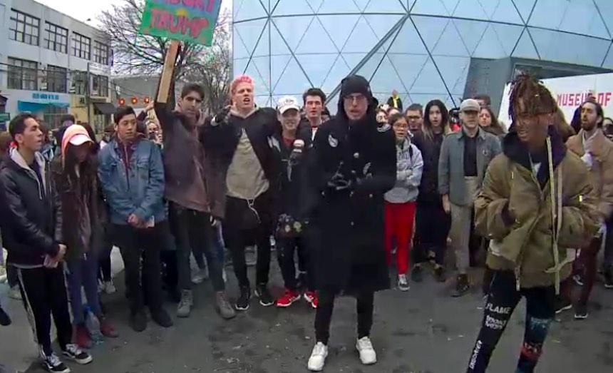 La protesta de Jaden Smith y Shia LaBeouf