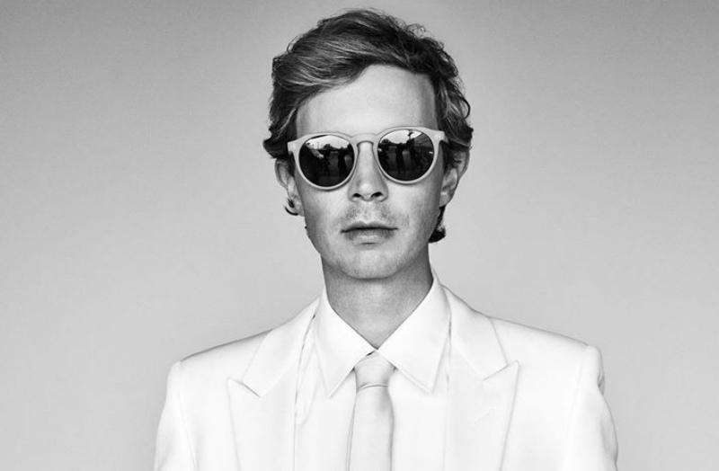 Escucha dos temas inéditos que Beck grabó 2011 para una película