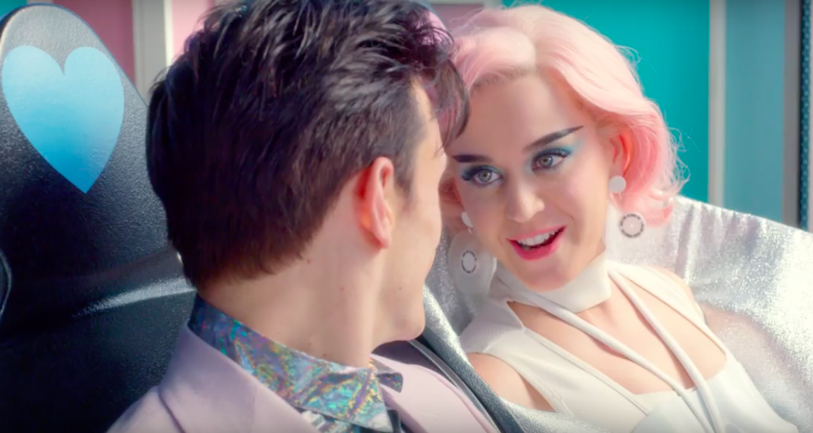 "Katy Perry estrena el divertido video para ""Chained to the Rhythm"""