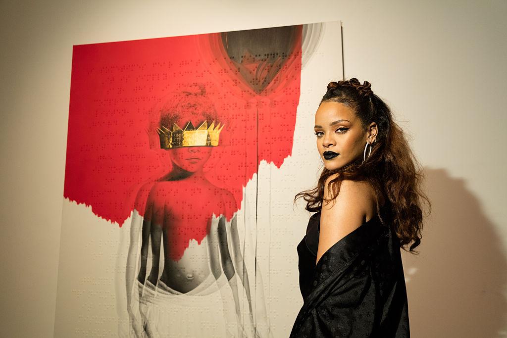 La Universidad de Harvard nombra a Rihanna como 'Humanitaria del Año'