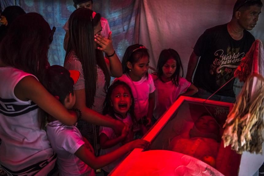 World Press Photo - Funeral en Filipinas